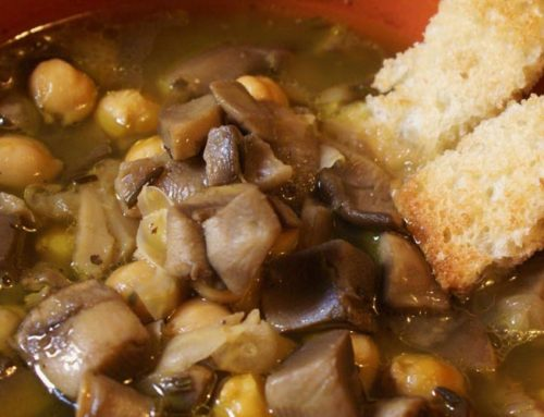 Zuppa di Ceci con Funghi Porcini e Pancetta